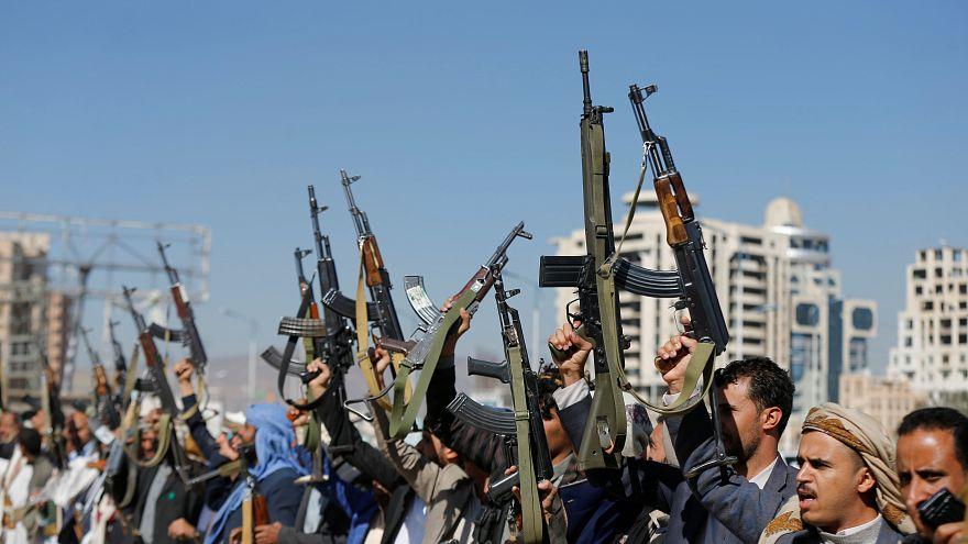 وصول رئيس بعثة الأمم المتحدة لمراقبة وقف إطلاق النار في الحديدة إلى اليمن