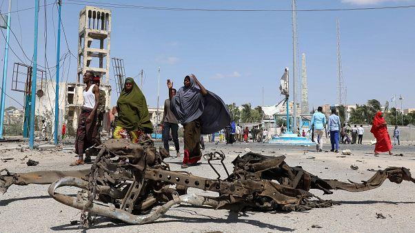Öngyilkos merénylők robbantottak a szomáliai fővárosban