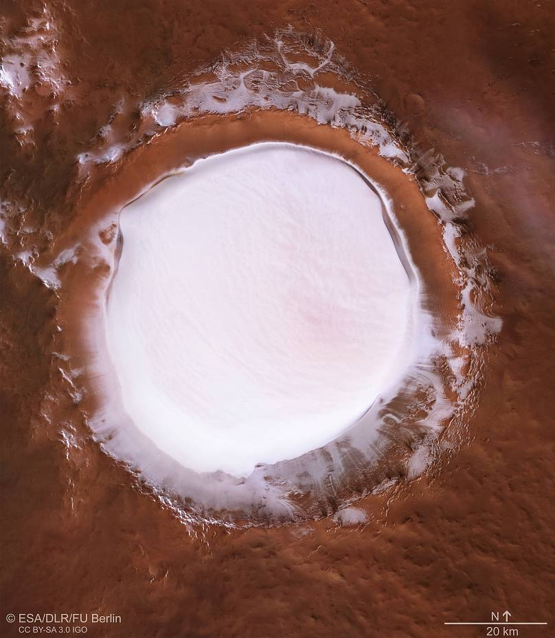 This Icy Crater Near Mars' North Pole Is a Winter Wonderland