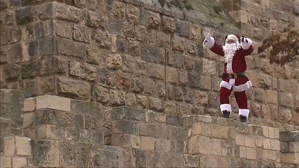 """""""سانتا كلاوس"""" يدشن احتفالات القدس الخاصة بعيد الميلاد"""