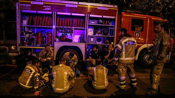 گفتگوی یورونیوز با یک آتش نشان، چالش های آتش نشانان ایرانی در یک روز کاری