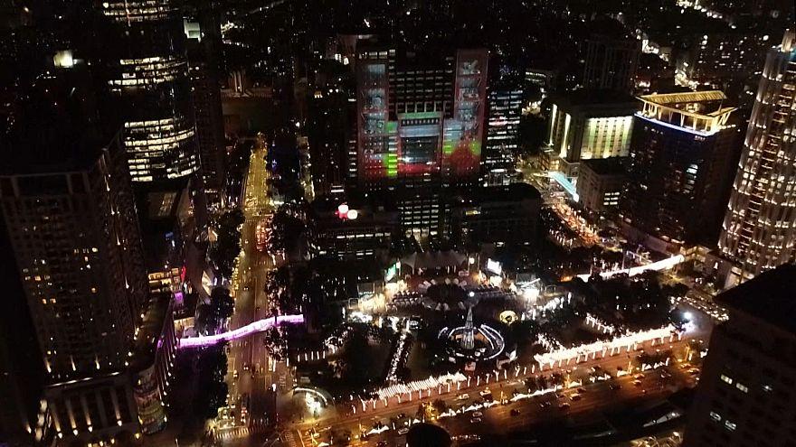 Video mapping, luzes e cor. Assim é o Natal em Taipei