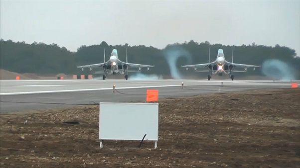 Russian warplanes arrive in Crimea