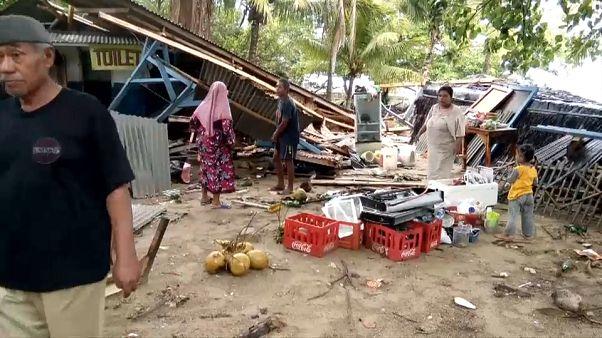 Indonesia: tsunami killer, oltre 220 le vittime