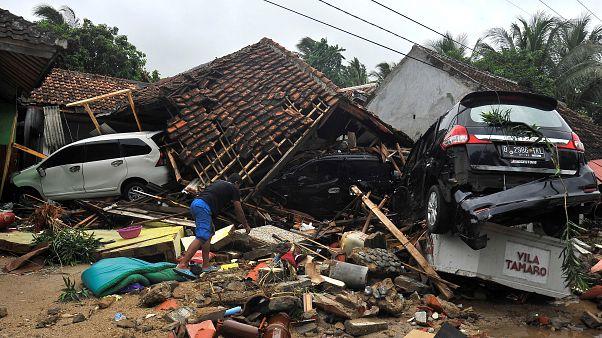 """سقوط ما لا يقل عن 120 ألف قتيل إندونيسي بسبب """"حزام النار"""" منذ 2004"""