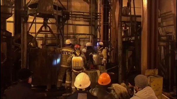 مقتل تسعة عمّال بعد اندلاع حريق في منجم في سوليكامسك الروسية