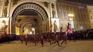 Новогодний забег Дедов Морозов в Санкт-Петербурге