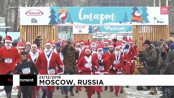 Pais Natais correm atrás da caridade em Moscovo