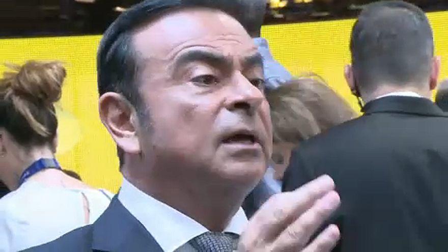 Mégsem tölti szabadlábon az ünnepeket a volt Nissan-főnök