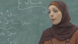 رنا زيادة الفلسطينية تأمل في الفوز بلقب المدرس الأول عالمياً