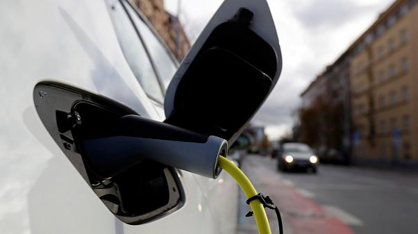 Rome is proposing to offer green vehicle buyers subsidies of up to €6,000