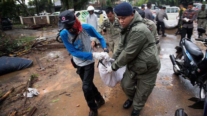 Indonésie : le bilan du tsunami dépasse 280 morts