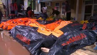 Sobe para 281 o número de mortos na Indonésia