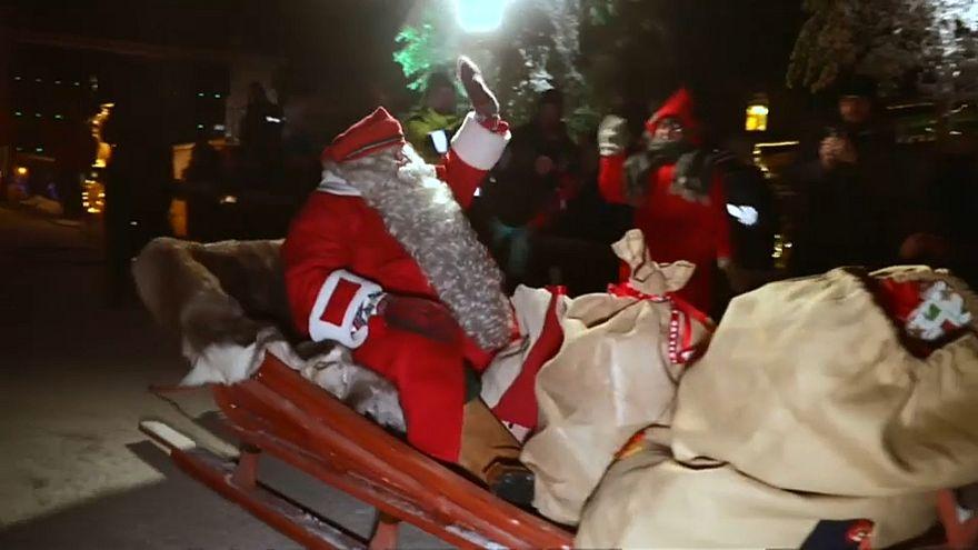 شاهد.. بابا نويل ينطلق من فنلندا والمهمة: تحقيق الأمنيات وتوزيع الهدايا