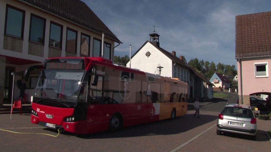 """Un """"médibus"""" dans les villages de Hesse"""