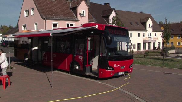 Germania: in visita ai pazienti col bus