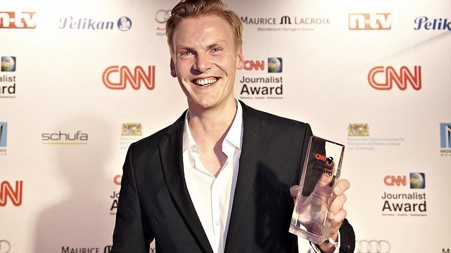 Der Spiegel journalist who invented stories now accused of defrauding readers