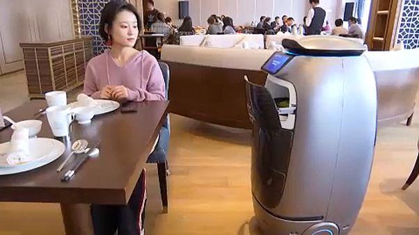 China: Internetriese Alibaba eröffnet Roboter-Hotel in Hangzhou