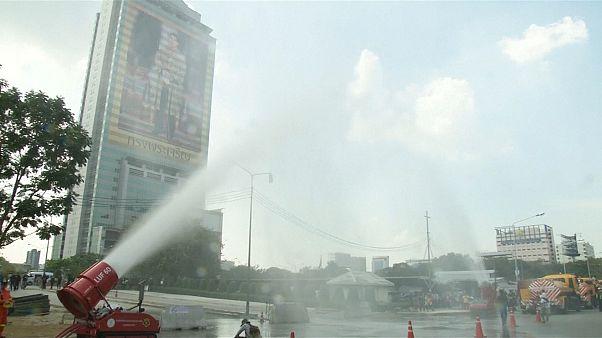 Bangkok sotto scacco dello smog