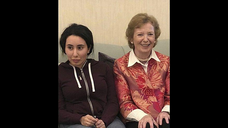 الشيخة لطيفة إبنة حاكم دبي تعيش في منزلها بمعية أسرتها