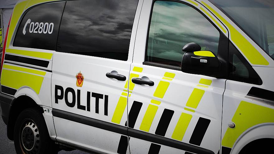 No way! Would-be car thief calls police for help after getting trapped inside Volvo in Trondheim