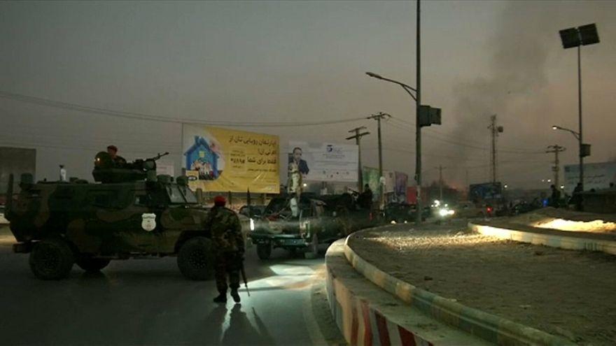 Merénylet és túszdráma Kabulban