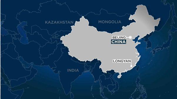 گروگانگیری و تصادف اتوبوس در چین جان پنج نفر را گرفت