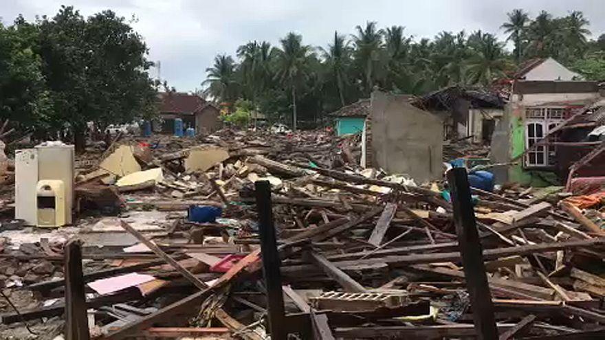 L'Indonésie ravagée par un tsunami
