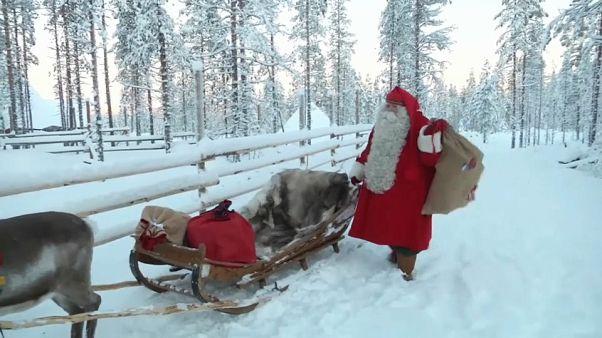 Stagione più calda in Lapponia, a rischio la slitta di Babbo Natale