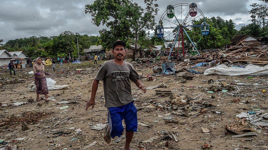 Falso alarme de novo tsunami assusta indonésios