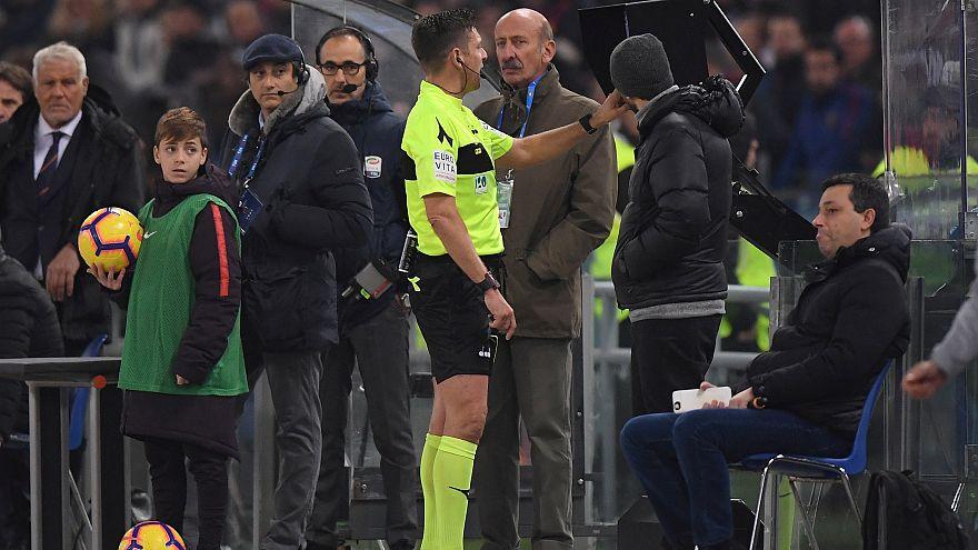 Süper Lig'e VAR damgası: Hakemler 98 kez karar değiştirdi