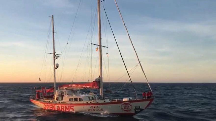 Migranti: il Natale a bordo della Open Arms