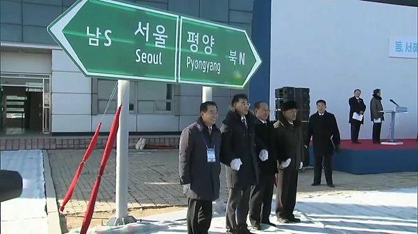 تدشين مشروع لربط السكك الحديدية بين الكوريتين