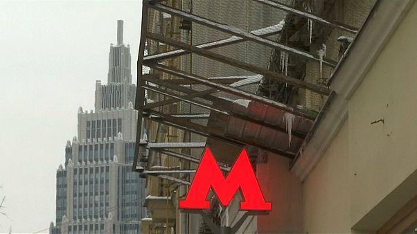 Sowjet-Nostalgie für 20 bis 120 Euro: Metro-Schilder aus Moskau