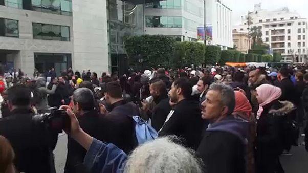 Tunisia: giornalisti in rivolta