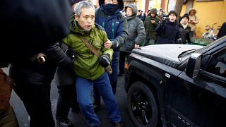 شرطة الصين تطوّق قاعة محكمة تنظر قضية حقوقي بارز
