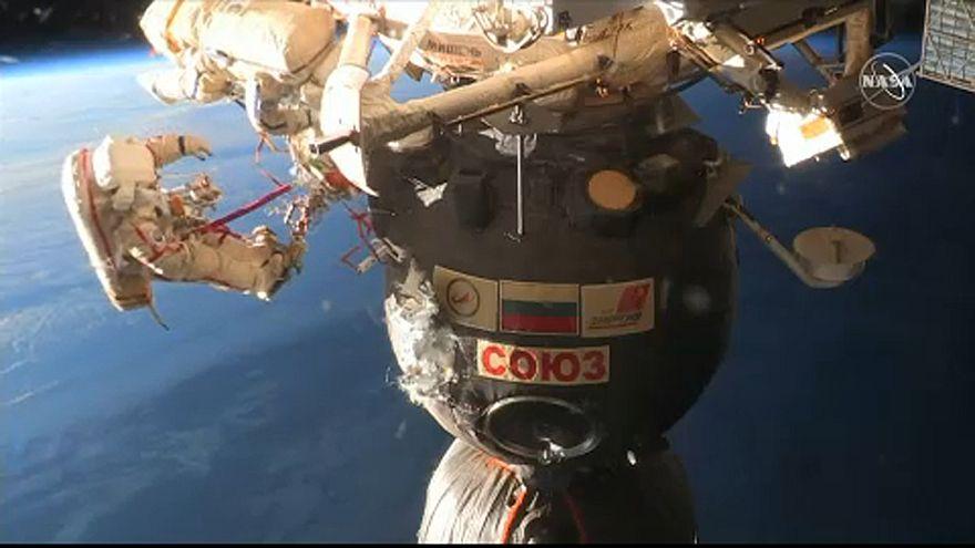 O mistério da fissura em cápsula acoplada à Estação Espacial Internacional