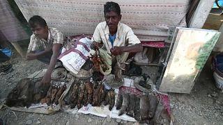 Video   Hindistan'da bir köy: Pazarın en gözde ürünü pişirilmiş fare eti