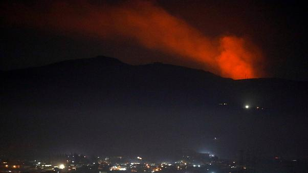 Suriye'nin başkenti Şam'ın kırsalında bir dağda yangın