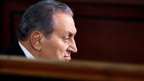 مبارك ومرسي وجها لوجه في المحكمة لأول مرة منذ ثورة 25 يناير