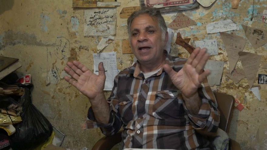 Mahmoud, o último artesão de sapatilhas de balé do Egipto