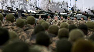Ukrainian President Petro Poroshenko addresses servicemen on Dec 21, 2018.