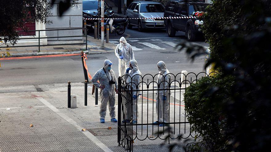 إصابة شخصين في انفجار عبوة ناسفة خارج كنيسة بوسط أثينا