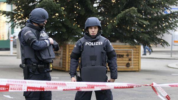 بعد تحذير من مجهول.. شرطة النمسا تعلن خلو كاتدرائية سان ستيفنز من أي عبوة ناسفة
