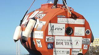 شهروند ۷۱ ساله فرانسوی با «قایق بشکهای» در اقیانوس اطلس سفر میکند