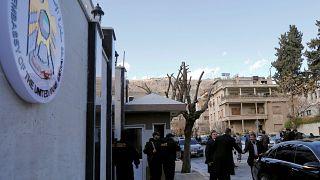 الإمارات تؤكد استئناف نشاط سفارتها في العاصمة السورية