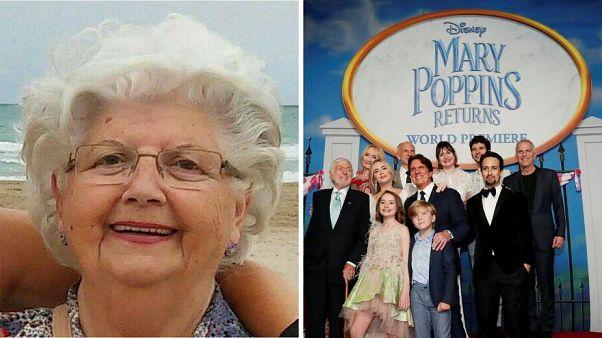 مادربزرگی که کارش به طراحی پوستر برای دیزنی رسید