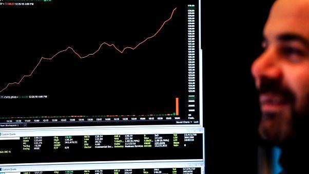 بورصات الخليج ترتفع مع تعافي الأسهم الأمريكية وأسعار النفط