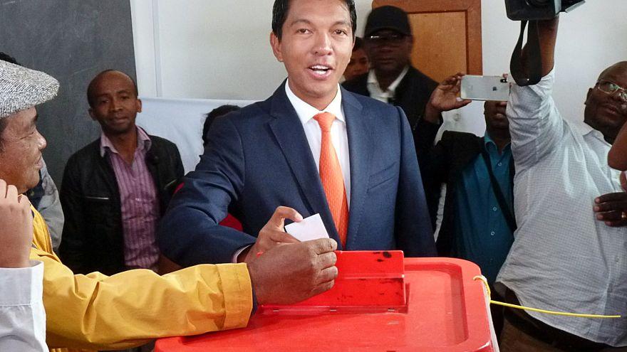 Мадагаскар: Радзуэлина впереди