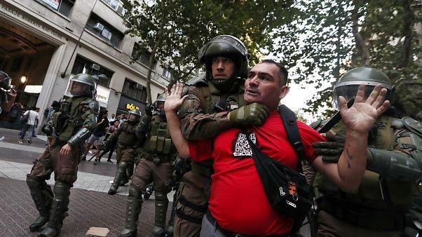 Столкновения в Сантьяго